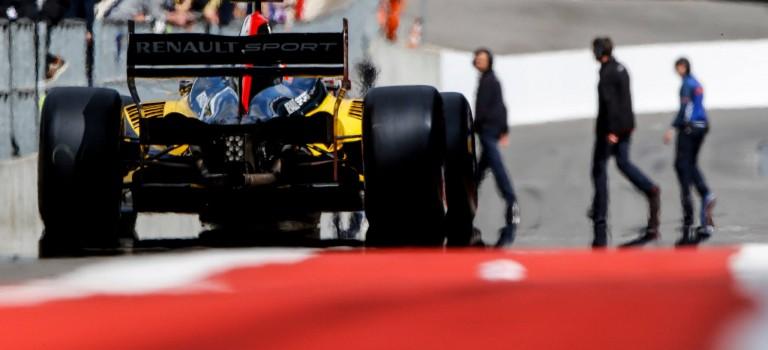 Ζήστε την ταχύτητα του World Series by Renault