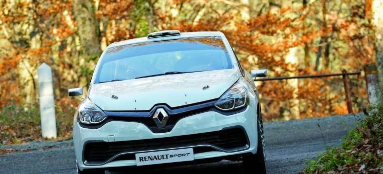 Το νέο Renault Clio R3T εν δράση