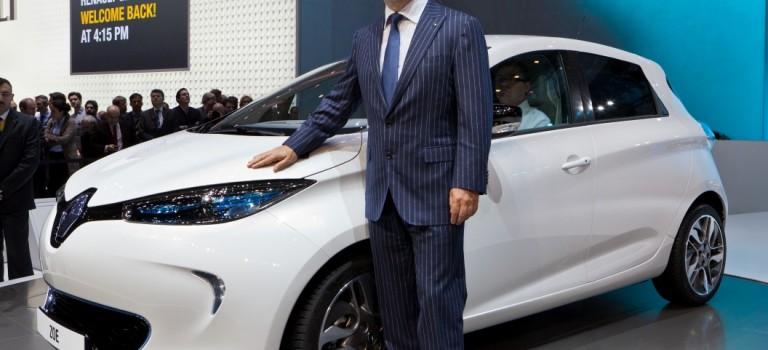Ο Carlos Ghosn επιβεβαιώνει την εμπιστοσύνη του στην ανάπτυξη των ηλεκτρικών οχημάτων