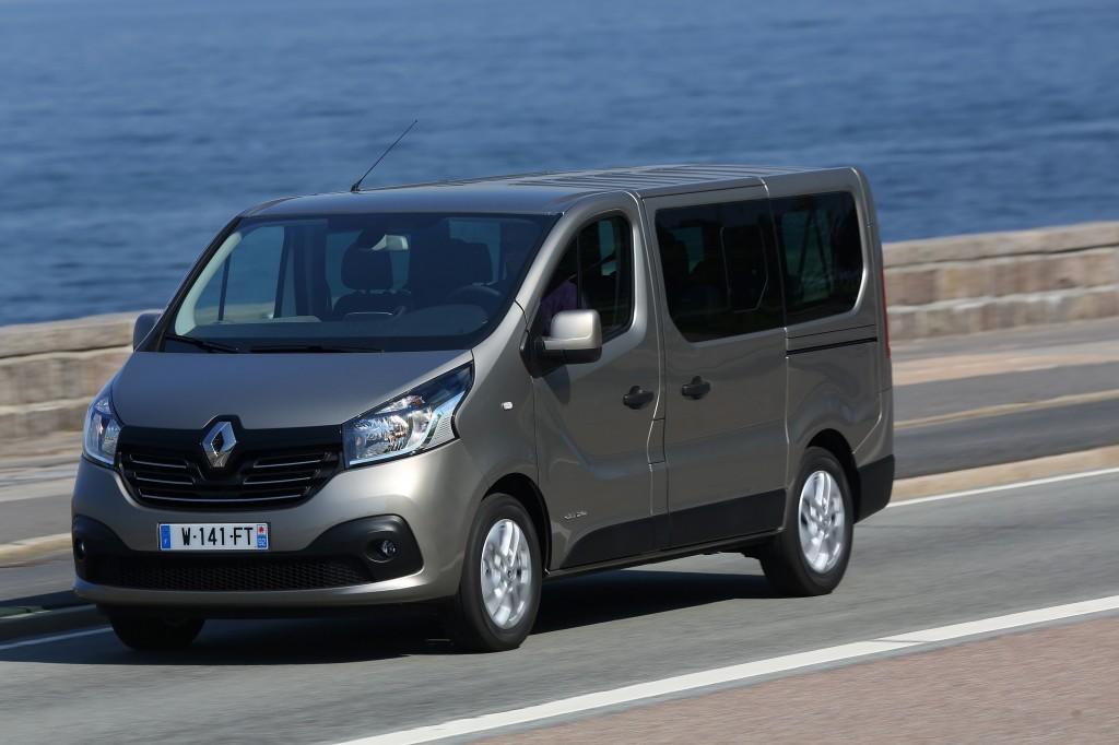 Renault_58419_global_en