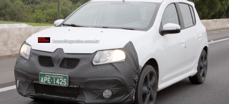 Renault Sandero RS [Spy Photos]