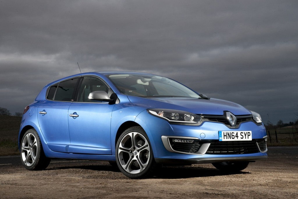 renault-launches-gt-220-mildly-hot-versions-of-megane-hatch-coupe-and-sport-tourer_3