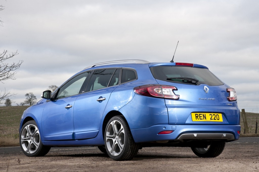renault-launches-gt-220-mildly-hot-versions-of-megane-hatch-coupe-and-sport-tourer_6