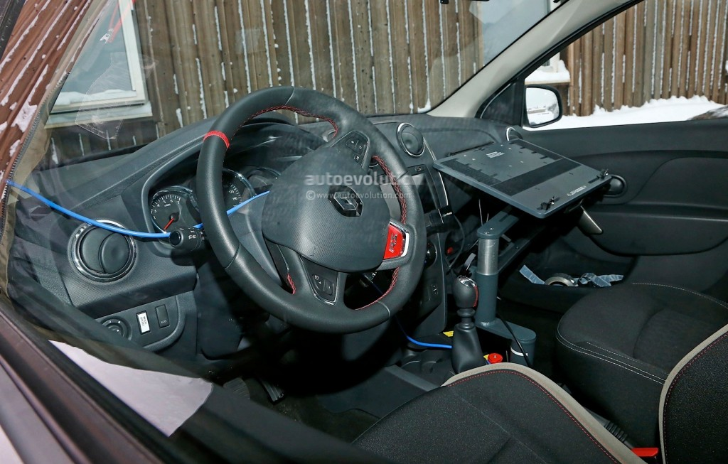 spyshots-dacia-sandero-rs-getting-12-turbo-engine-sportier-interior_9