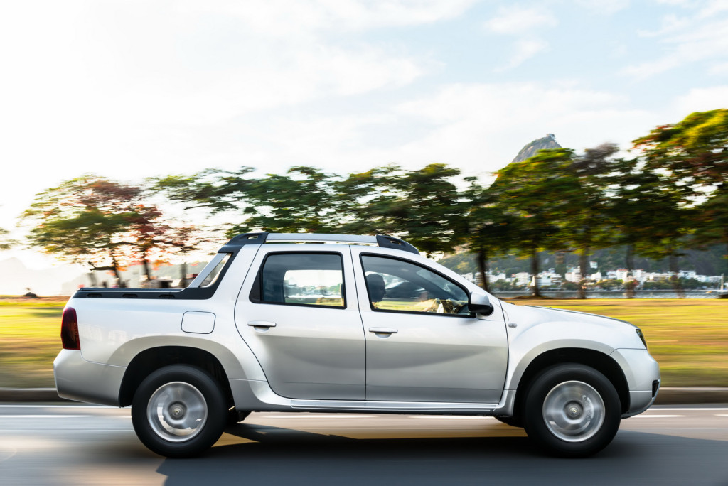 Renault-Duster-Oroch-2