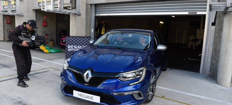 Renault Megane GT @ Circuit Bugatti, Le Mans [Video]