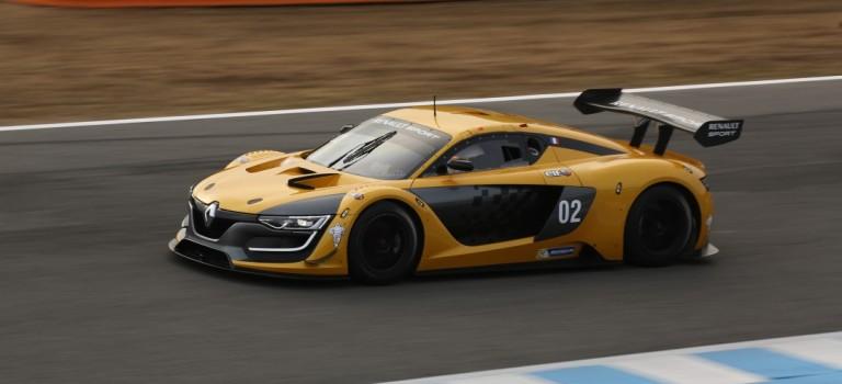 To Renaultsport R.S.01 λαμβάνει ομολογκάρισμα GT3 – New Photos/Videos