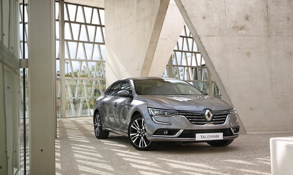 renault-talisman-pricing-leaked-latest-photos-show-initiale-paris-trim-photo-gallery_14 (Custom)