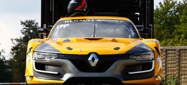 Renault Sport Trophy Magazine – Jerez 2015 [Motors TV]