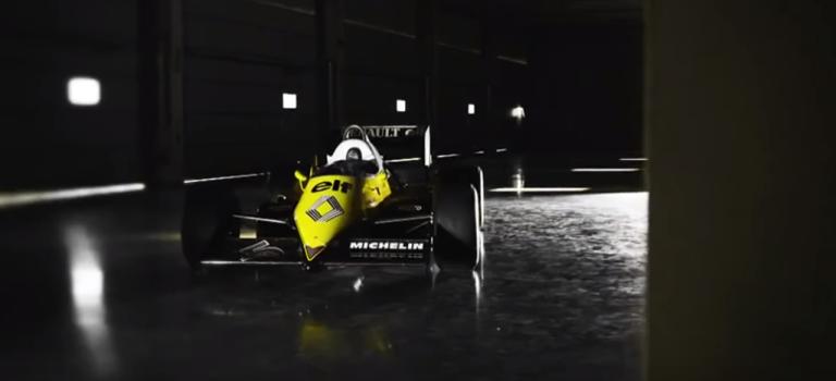 Allan McNish και Romain Grosjean οδηγούν την Renault RE40 στο Silverstone [Video]