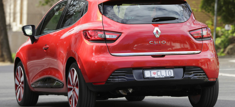 To Renault Clio λέει όχι στα τέλη κυκλοφορίας!