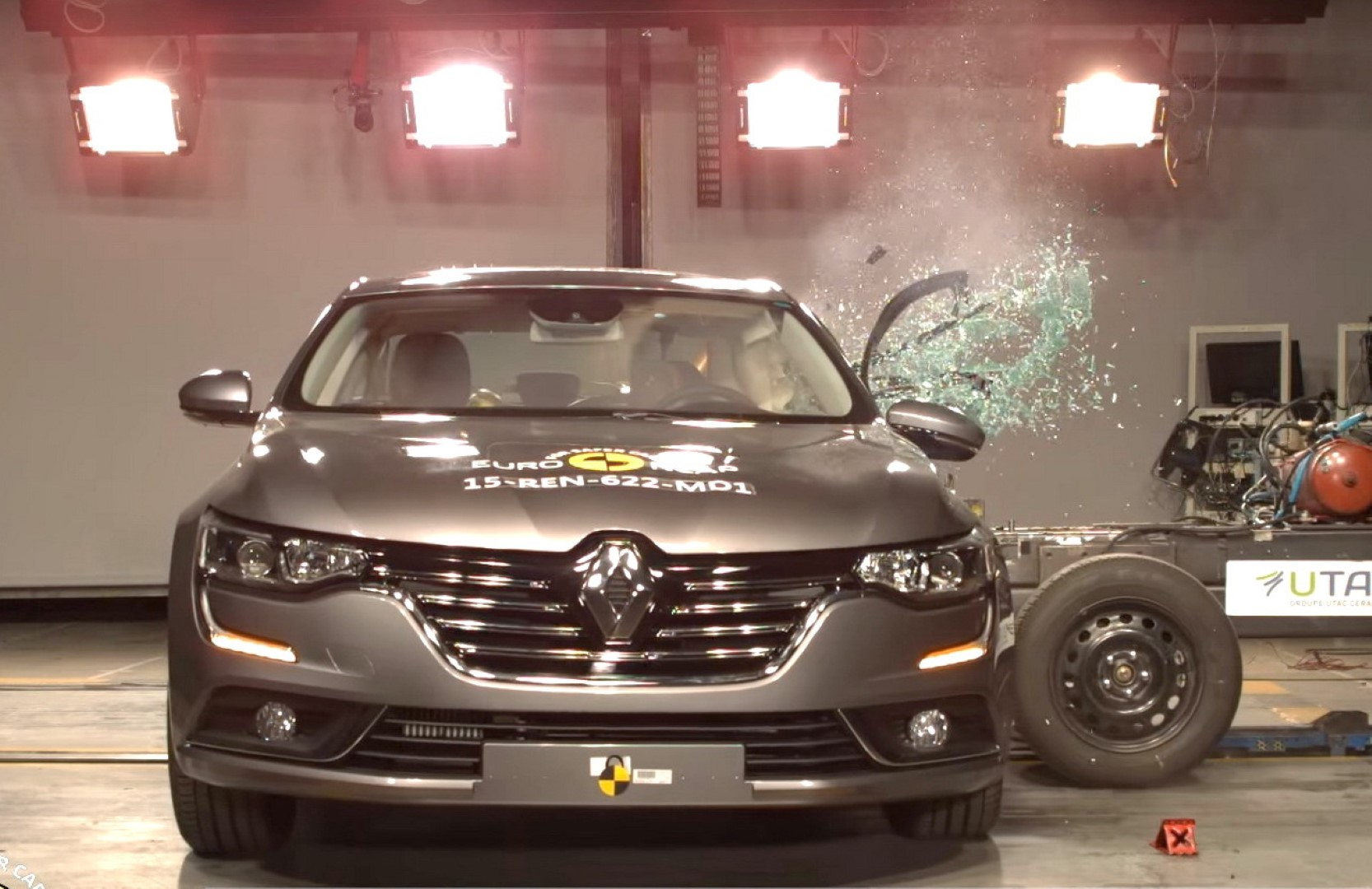 renault-talisman-crash-test-euroncap-2015-2 (Large)