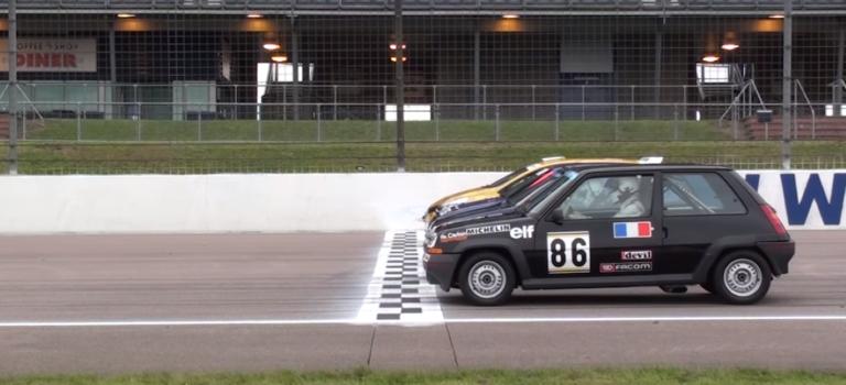 4 γενιές Renault hot hatches μάχονται στην πίστα [Video]