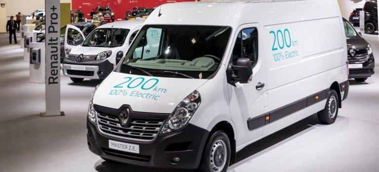 Η Renault Pro + επεκτείνει την γκάμα των ηλεκτρικών οχημάτων κοινής ωφέλειας με τα νέα Kangoo ZE και Master ZE
