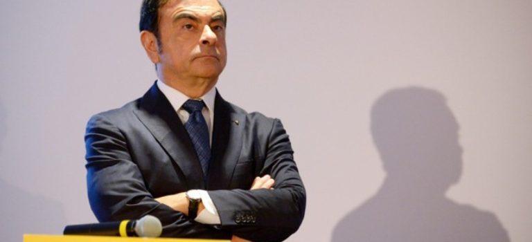O Carlos Ghosn παραιτείτε από CEO της Nissan, μετά από 16 χρόνια για να επικεντρωθεί στην Renault