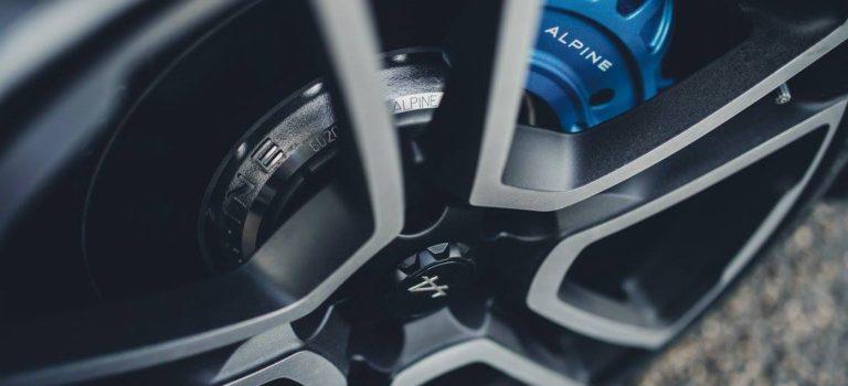 Δυο χρόνια εξέλιξης χρειάστηκε η Michelin για τα ελαστικά του νέου Alpine A110