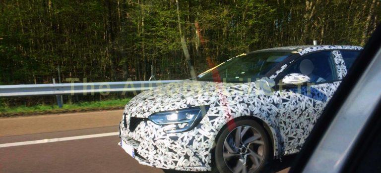 Νέες κατασκοπευτικές φωτογραφίες του νέου Renault Mégane RS IV