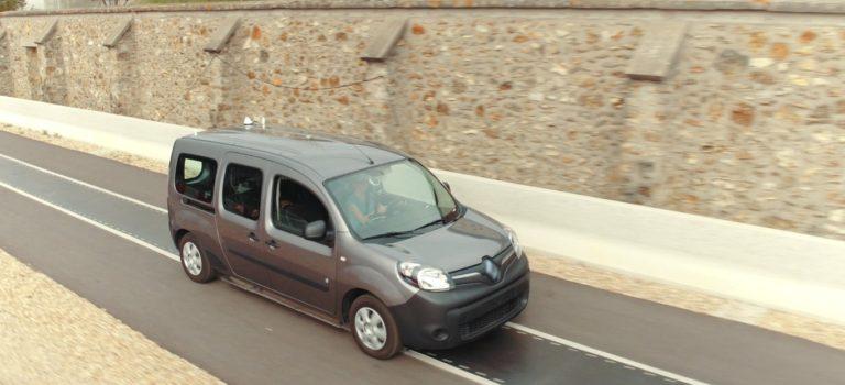 Renault Kangoo Z.E. : ένα μέλλον με ασύρματη φόρτιση προδιαγράφεται για τα ηλεκτρικά οχήματα