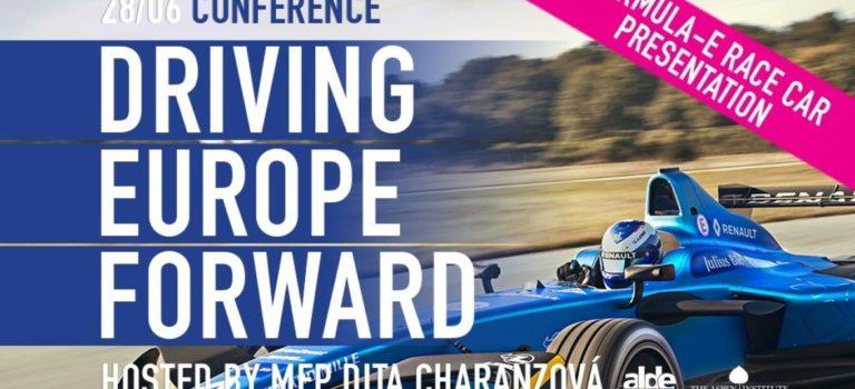 Η Renault προωθεί το μέλλον της κινητικότητας στο Ευρωπαϊκό Κοινοβούλιο