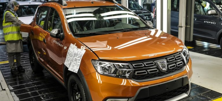 Η Renault γιορτάζει 1.000.000 οχήματα στο εργοστάσιο της Ταγγέρης, Μαρόκο