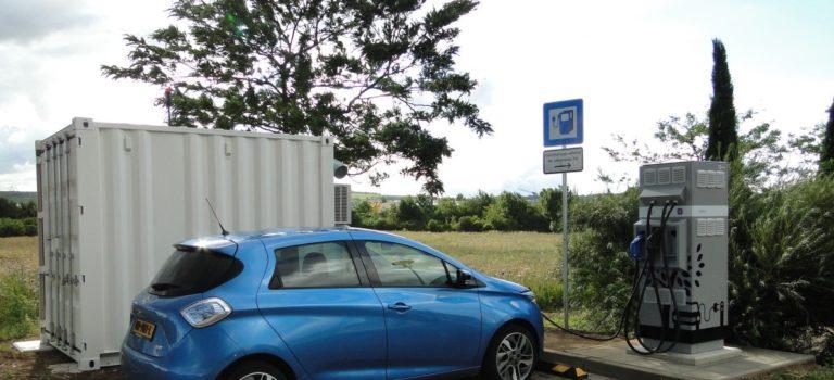Φόρτιση ηλεκτρικών οχημάτων σε αυτοκινητόδρομους με επαναχρησιμοποιημένες μπαταρίες