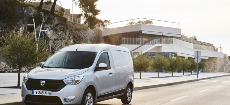 Ελλάδα | Ολοκληρωμένη πρόταση για τον επαγγελματία και την επιχείρηση από την Renault/Dacia