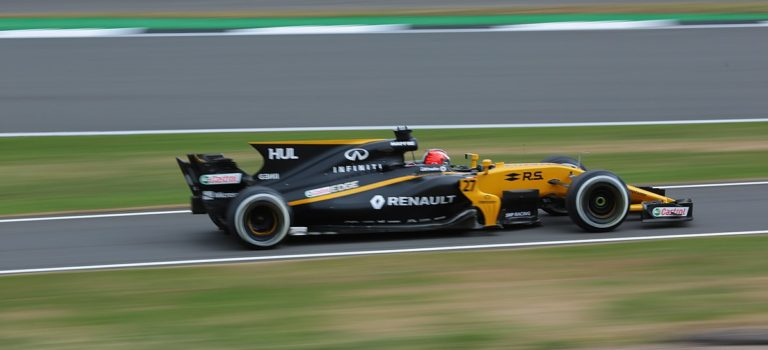 F1 | Renault & Mercedes διατηρούν επιφυλάξεις για τους νέους κανονισμούς κινητήρων