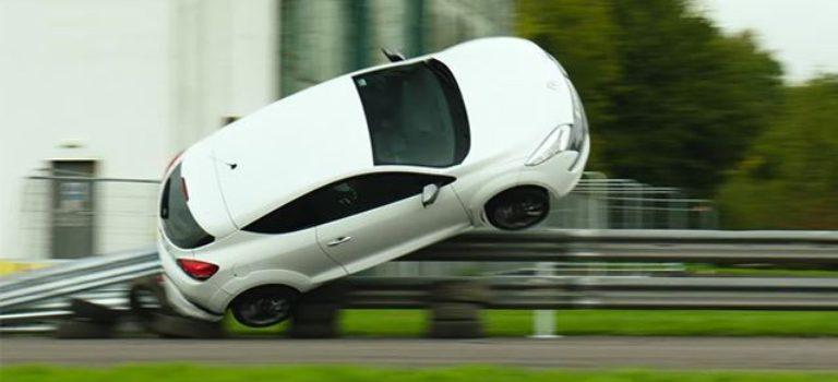The Grand Tour: η θυσία ενός Megane RS (vids)