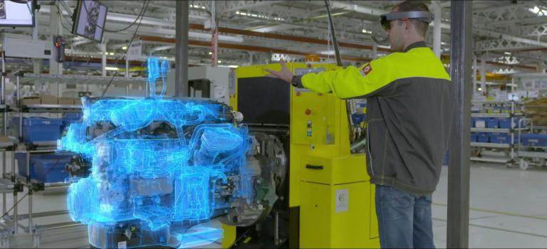 Η Renault Trucks δοκιμάζει το συστημα HoloLens για τον ποιοτικό έλεγχο στις λειτουργίες συναρμολόγησης του κινητήρα (vid)