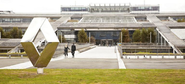 Γαλλία | Το κράτος επιστρέφει στο 15,01% της μετοχικής σύνθεσης της Renault