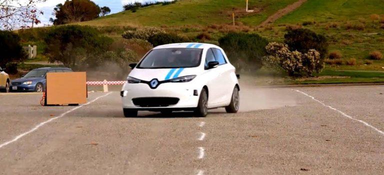 Η Renault επιδεικνύει αυτόνομη τεχνολογία αποφυγής εμποδίων για πρώτη φορά παγκοσμίως (vid)