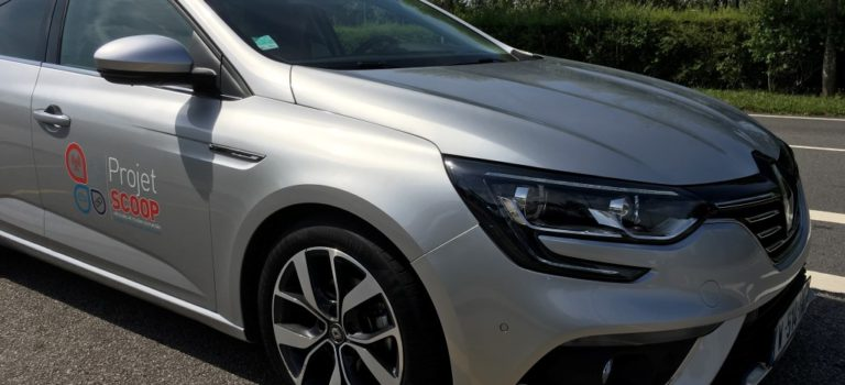 Η Renault συνεργάζεται με το SCOOP για να προετοιμάσει την υποδομή για τα αυτόνομα, συνδεδεμένα αυτοκίνητα του αύριο (vid)