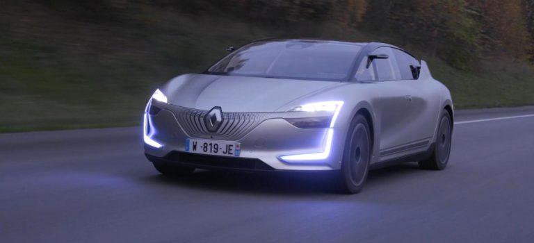 Renault Clio 5 2019:  Απαντήσεις για το ημιαυτόνομο σύστημα οδήγησης