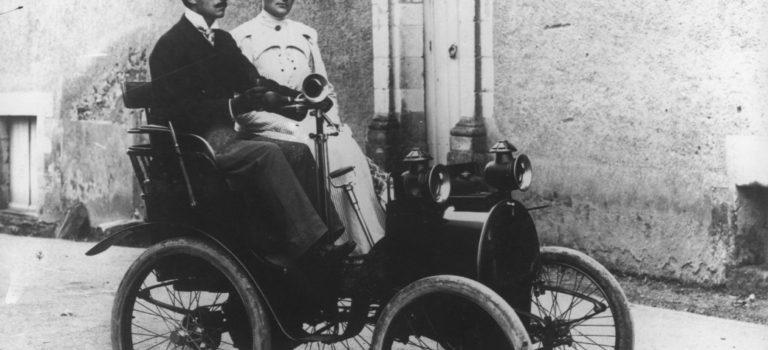 Για 120 χρόνια, η Renault κάνει τη ζωή σας ευκολότερη