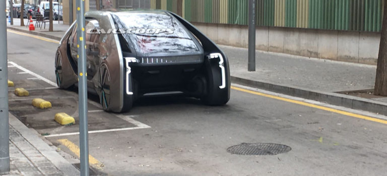 Το φουτουριστικό νέο πρωτότυπο της Renault πιάστηκε ξανά, αυτή την φορά σε βίντεο