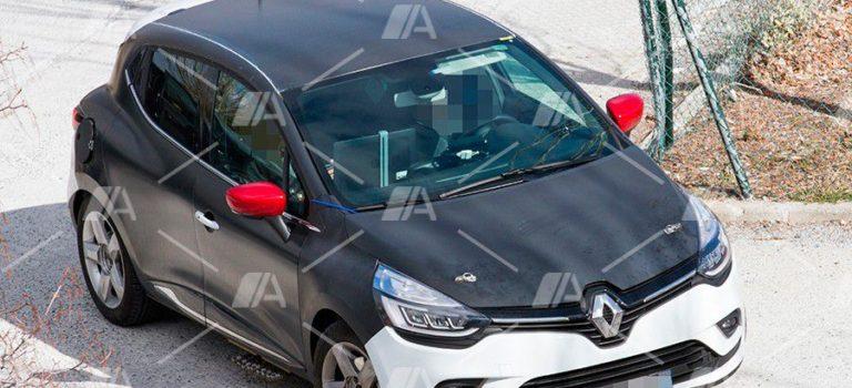 Νέες κατασκοπευτικές φωτογραφίες του Renault Clio 5 δείχνουν ένα κινητήρα micro Hybrid