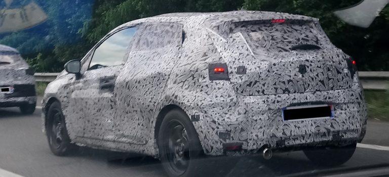 Σε δοκιμές στην Γαλλία η νέα γενιά Renault Clio 5 (spy pics)