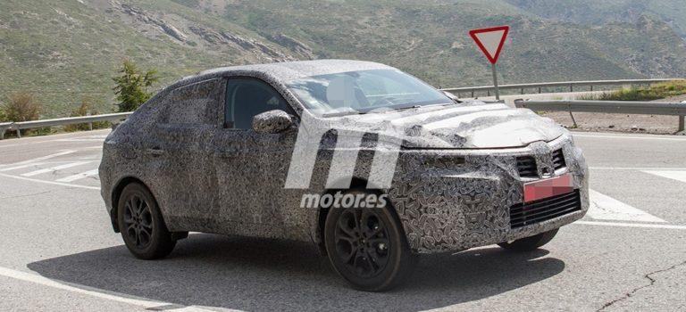 Το νέο Coupe Crossover της Renault σε δοκιμές στην Ισπανία (spy pics)