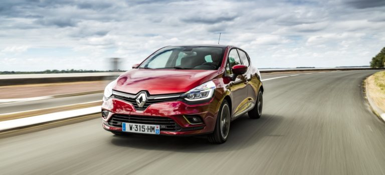 Το Renault Clio ανεβαίνει στην πρώτη θέση των πωλήσεων στην Ιταλική αγορά αυτοκινήτου