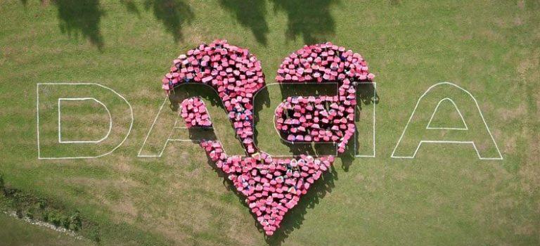 Πικ-νικ για 10.000 φίλους της Dacia (vid)