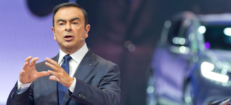 Ο Carlos Ghosn δεσμεύεται να μείνει..