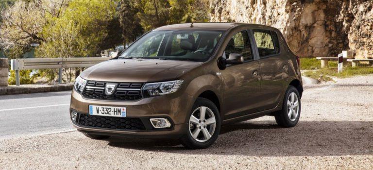 Η Dacia επεκτείνει του χρόνους παράδοσης του Sandero, λόγο πιθανού προβλήματος με τους αερόσακους