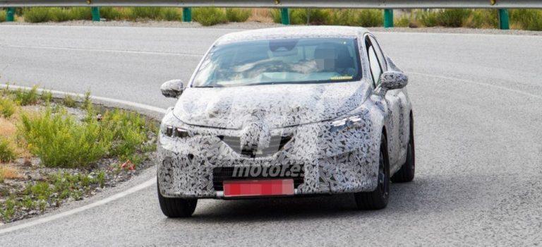 Σύμφωνα με νέες πληροφορίες η 5η γενιά Renault Clio θα παρουσιαστεί φέτος
