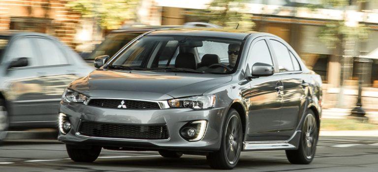 Το Megane βάση για το νέο  Mitsubishi Lancer;