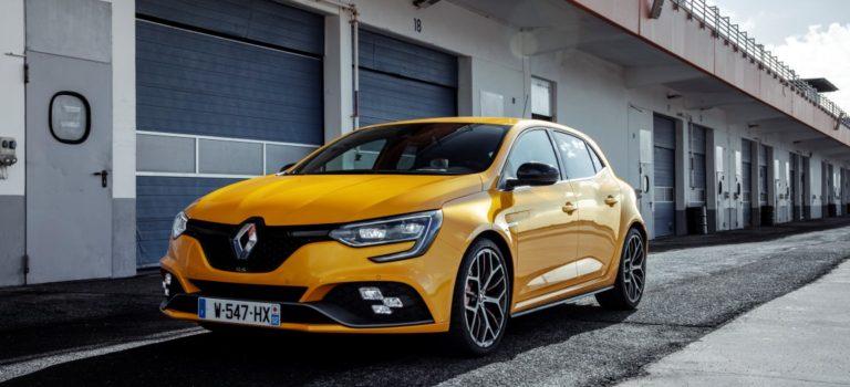 Ποιοι βρίσκονται πίσω από τα αυτοκίνητα της Renault Sport; (vid)