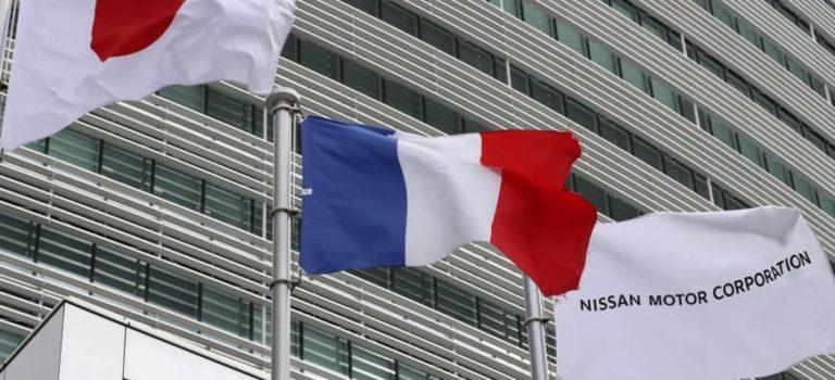 H Γαλλία πίεσε για συγχώνευση των Renault- Nissan, οι Ιάπωνες είπαν όχι